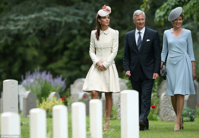 Duchess of Cambridge King Philippe & Queen Matilde of Belgium at St Symphorien Military Cemetery