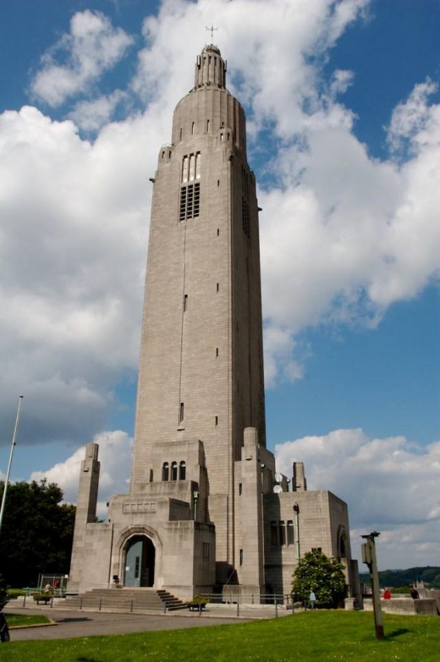 War memorial liege
