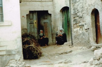 Turkey 1992 Inland - Cappadocian village 38j
